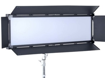 Udlejer: LS V-6000ASVL Victorsoft 1x4 BI-Color LED Light Panel