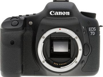 Udlejer: Canon EOS 7D (med eller uden objektiver/SD Kort)