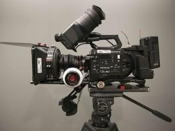 Udlejer: SONY FS7 4K ready-to-go set-up (sammensæt pakke)
