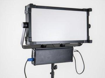 Udlejer: Softpanels 1x2 CRI 95 (30x60cm)