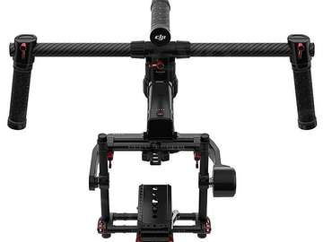 Udlejer: Ronin mk1 3-axis gimbal, 2 batterier, mounts remote,