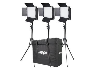 Udlejer: LEDGO  3 x LED 3200K - 5600K 34 x 38cm