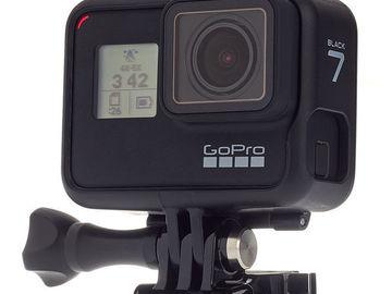 Udlejer: GoPro Hero 7 Black med Hyberstabilizer + 64GB SDXC + Sugekop