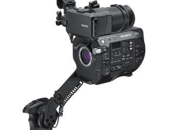 Udlejer: Sony PXW-FS7 (Body Only) m. Viewfinder + Control arm