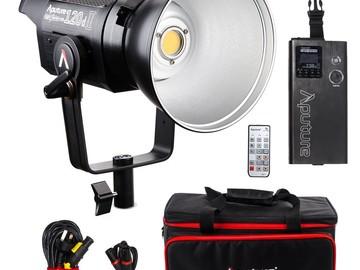 Udlejer: Aputure 120D II pakke inkl. Space light og lampestativ