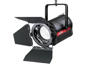 Udlejer: SWIT BI-COLOR STUDIO LED SPOT LIGHT 160W (S-2320)