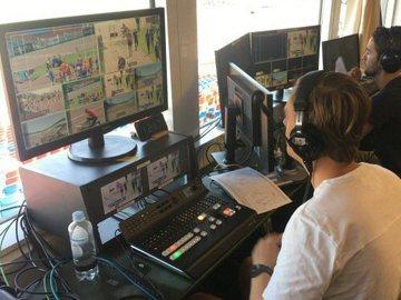 Lender: 8 CH Videomikser, headset og monitor kit