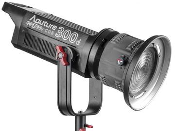 Udlejer: Aputure 300D med Fresnel lens