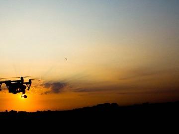 Udlejer: DJI Inspire 1 (v2) med certificeret pilot