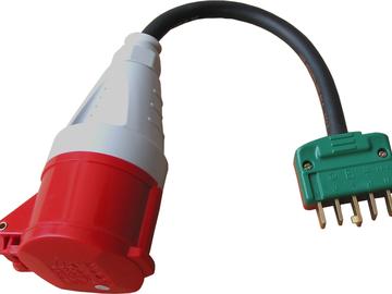Udlejer: Adapter 400V/16A med fladt DK slagfast hanstik og CEE hunsti