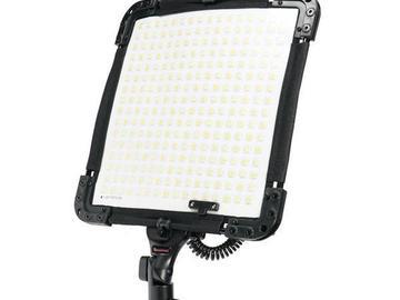 Udlejer: Bi-Flex LED panel (V-lock) Brightcast V15-345-V
