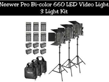 Lender: Neewer Pro Bi-color 660 LED Video Light | 3 Light Kit