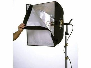 Lender: Lowel Rifa Lite LC66 tungstenlampe