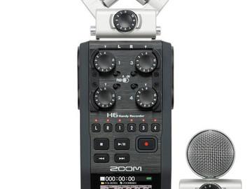 Lender: Zoom H6 Recorder