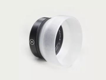 Lender: Moment Macro 10x Lens for Mobile