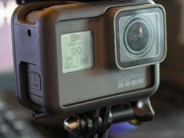 Vermieter: GoPro Hero 6 m. mounts og sd kort