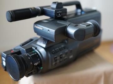 Lender: Panasonic M10 semi-pro VHS camera