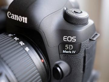 Lender: Canon 5D IV (c-log) + EF 24-70mm f/4L IS US pakke