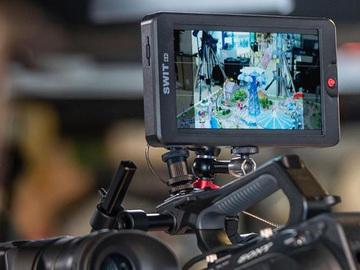 """Lender: Swit 7"""" monitor 3000 nit CM-S75F"""