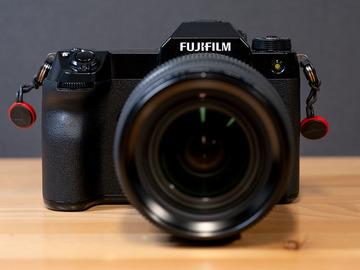 Lender: Fuji GFX100s