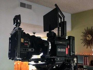 Lender: RED DSMC2 Digital Cinema Camera with Monstro 8K