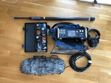 Lender: Sound recording kit package for filming and tv (recorder, boompole, shotgun mic, radio systems, lavalier mics, headphones, xlr cable)