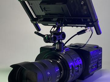 Lender: FS700 raw pakke med Sony FE 24-105mm