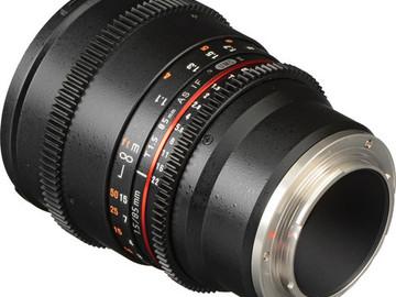 Lender: Samyang 85mm T1.5 VDSLR