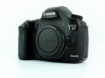 Lender: Canon EOS 5D MK III