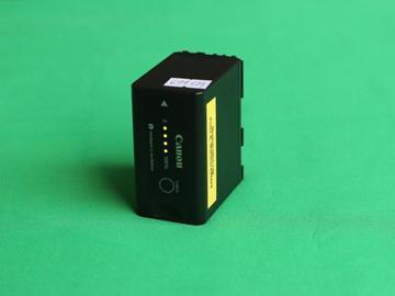 Lender: 1x Battery for C100 C300 XF100 XF105 RED KOMODO (Canon BP-975)