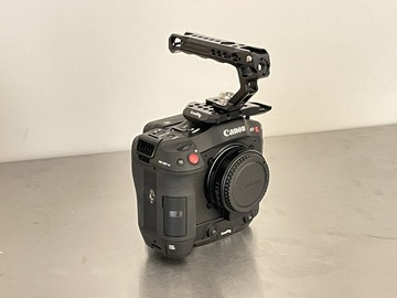 Lender: Canon C70 Cinema Camera