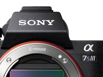 Lender: Sony Alpha A7S III m. 3 batterier og 160GB CFexpress Type A kort