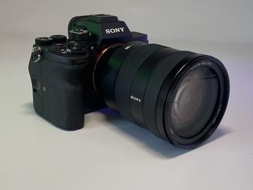 Lender: Sony A7S III m. Sony FE 24-105 optik, 160GB kort  + 3 batterier