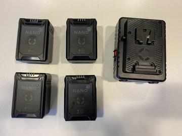 Lender: 4 stk V-Mount - NANO Micro 98Wh Lithium-Ion Battery