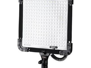 Lender: Brightcast 15-345 Bi-Flex Led Panel (V-mount)